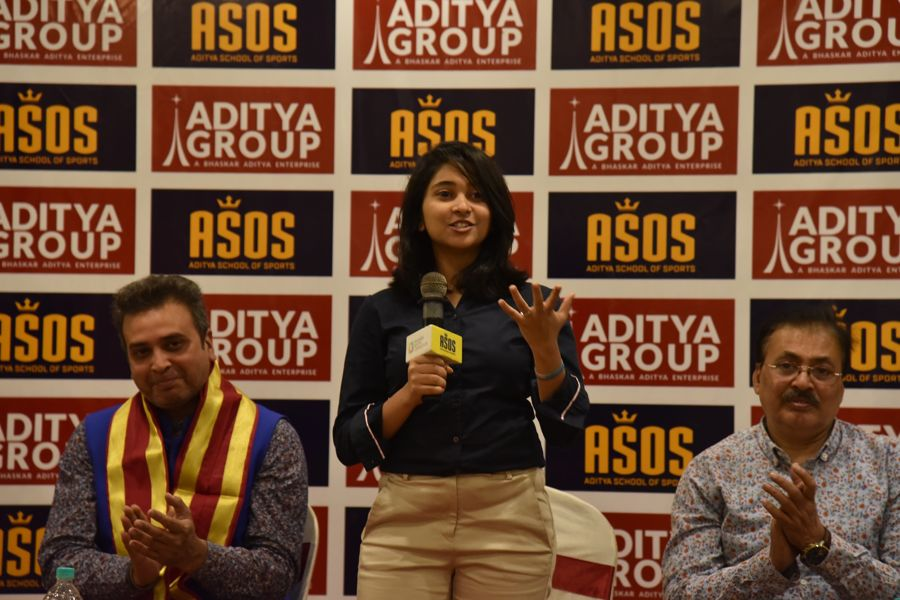 Mehuli_Ghosh_Aditya_Group (8)